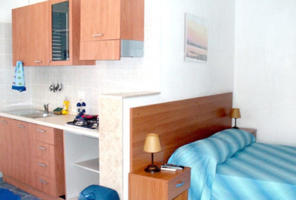 Monolocale piano terra samarcanda appartamenti porto cesareo for Appartamenti porto cesareo privati